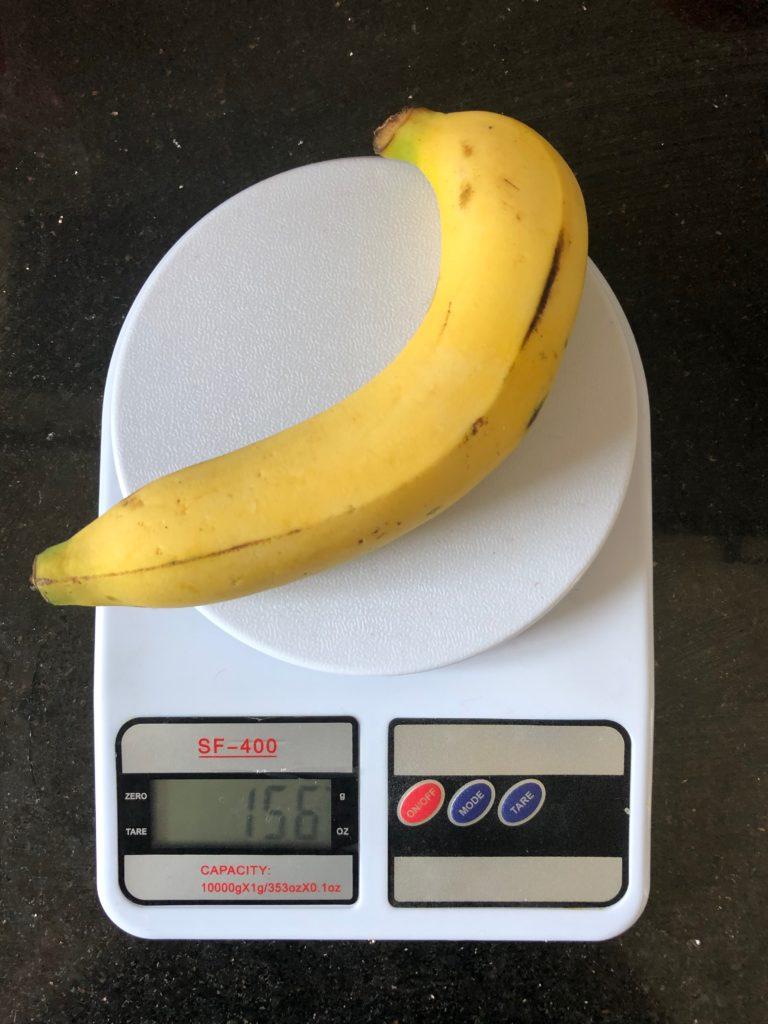 вес банана