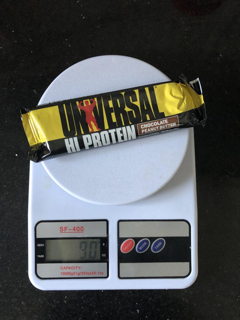 вес протеинового батончика Universal