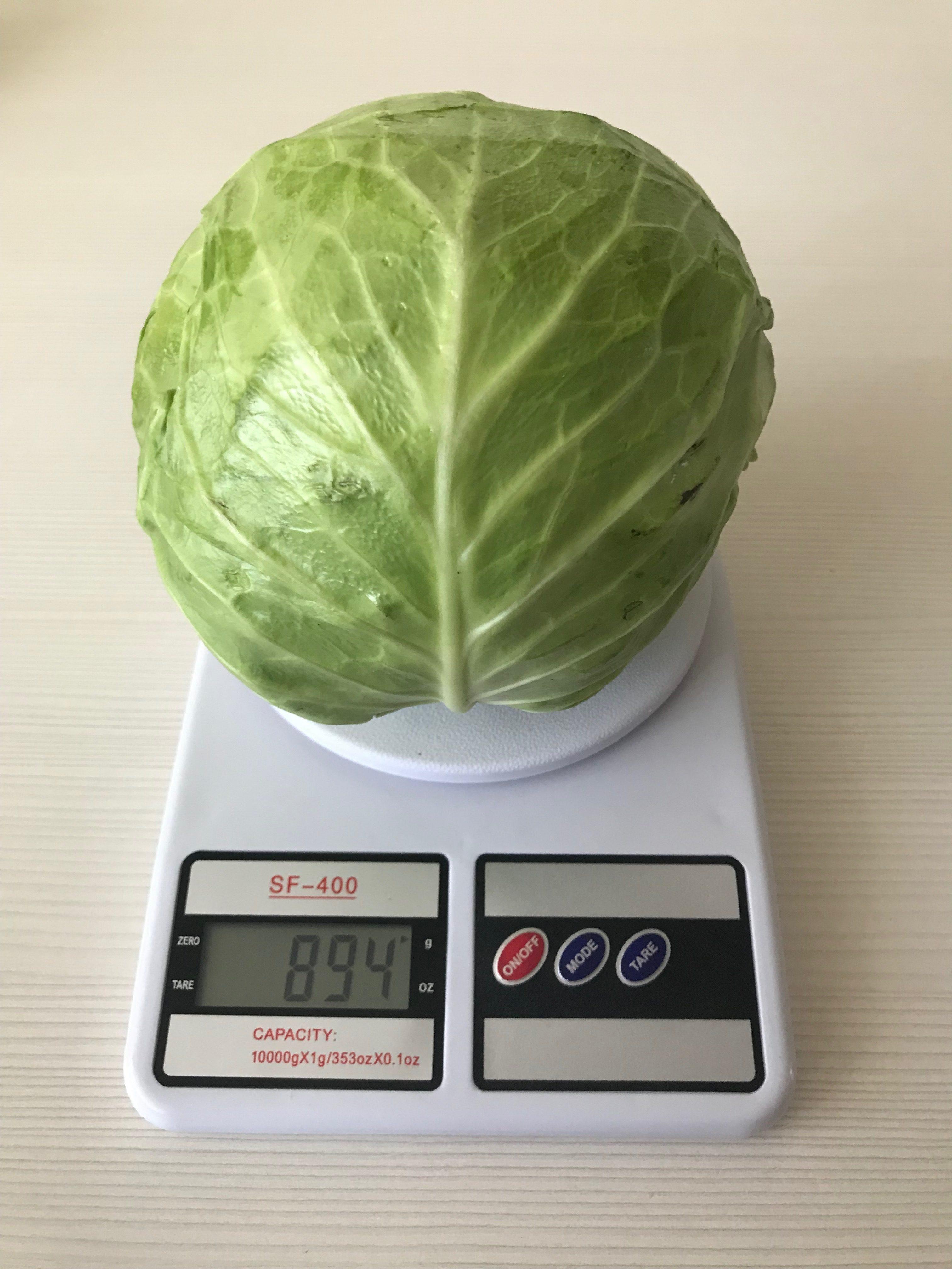 вес качана капусты (средний)
