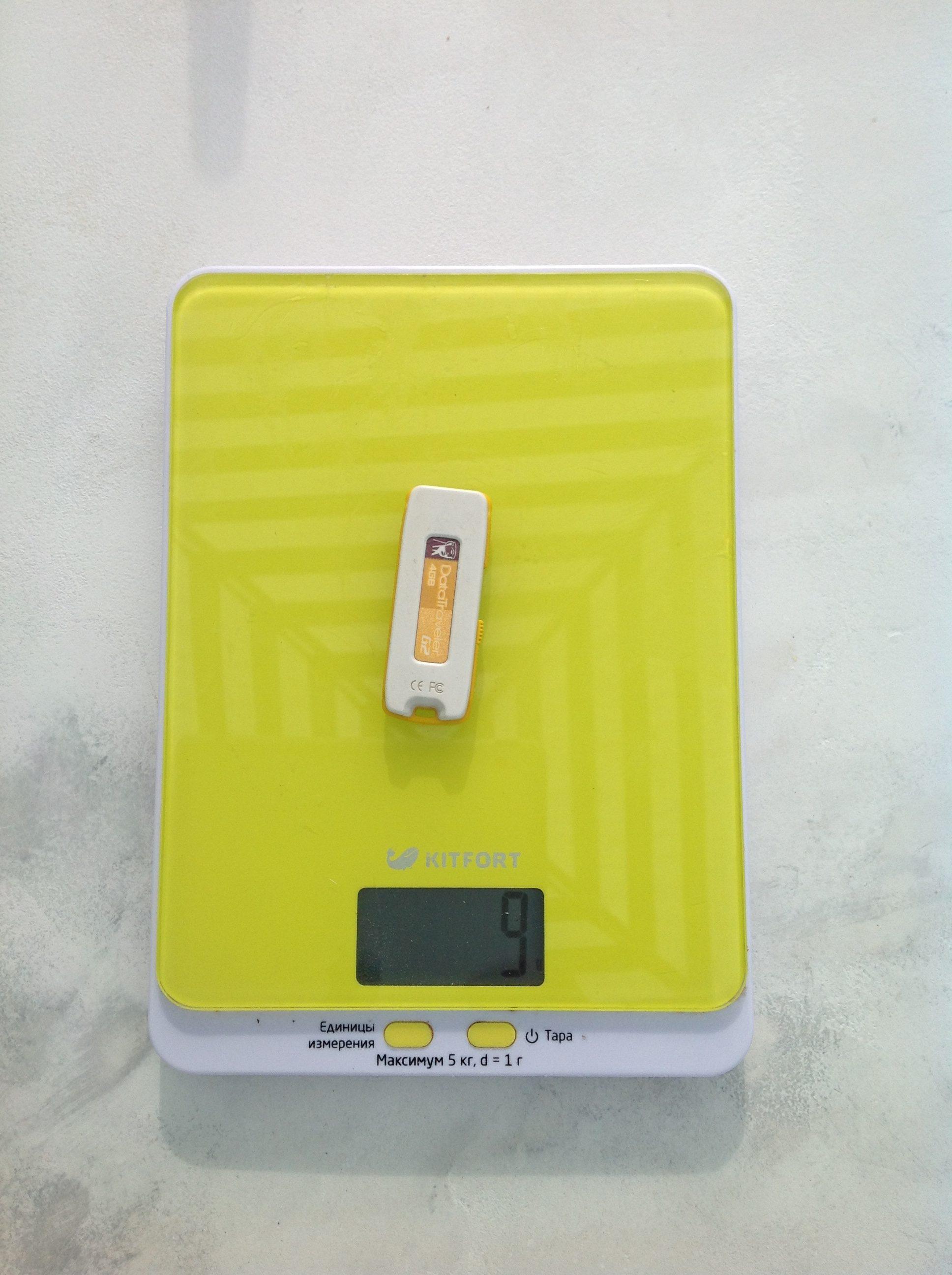 вес флешки на 4 гб
