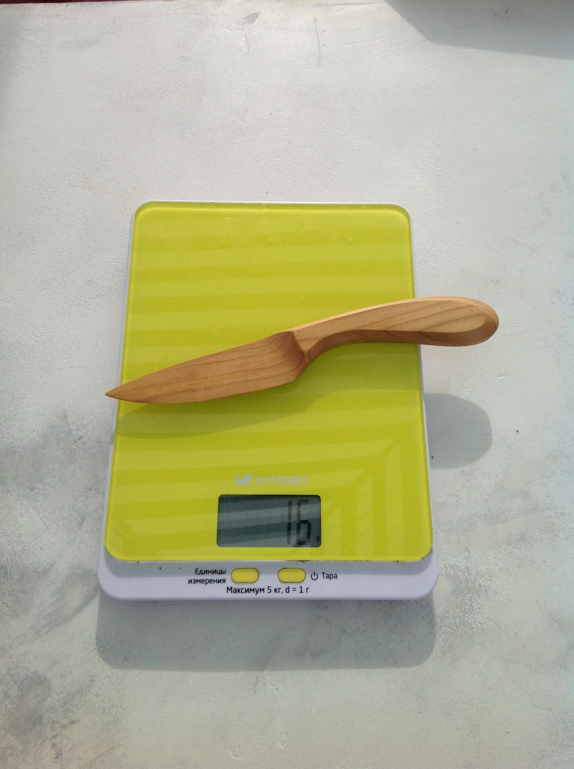 вес сувенирного деревянного ножа среднего