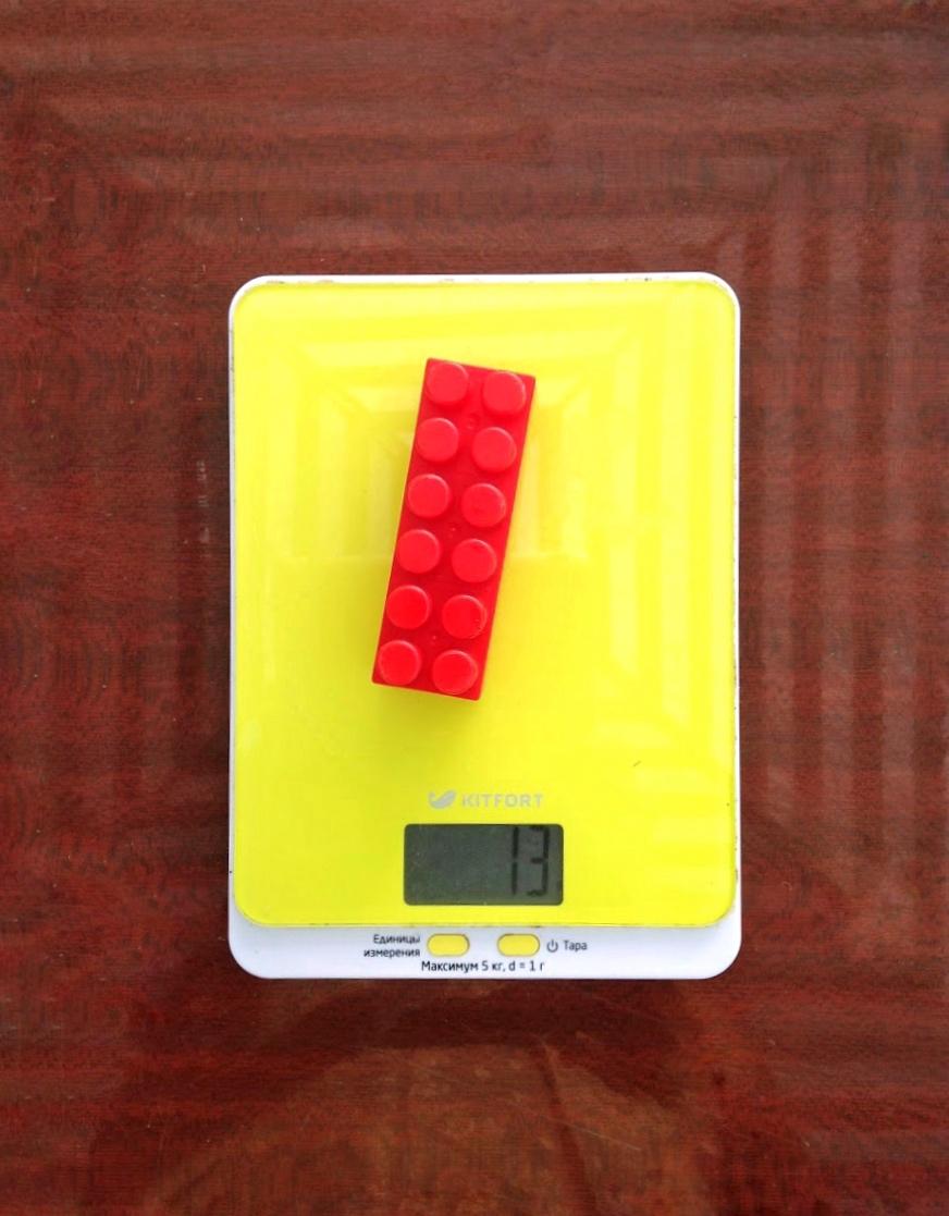 вес большой детальки лего