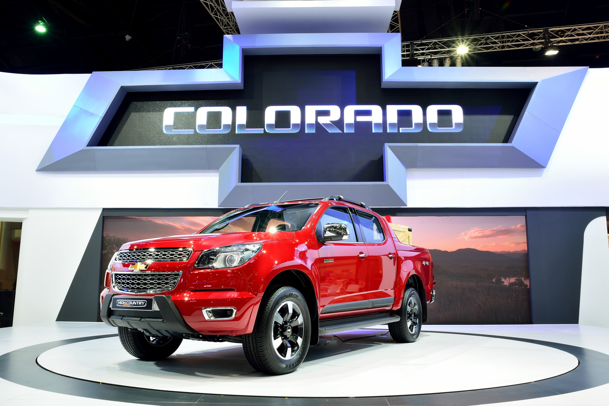 вес chevrolet colorado