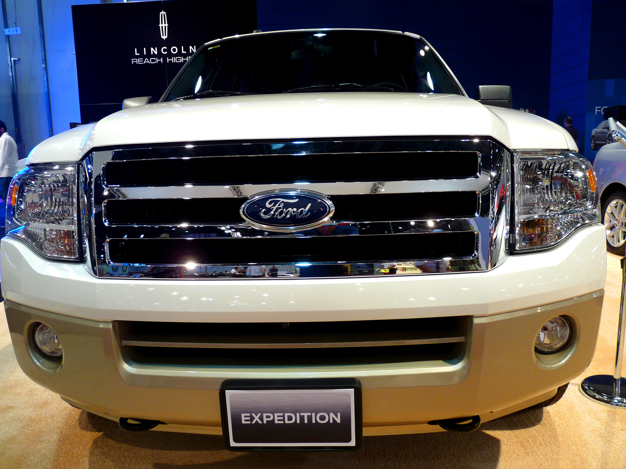 вес ford expedition