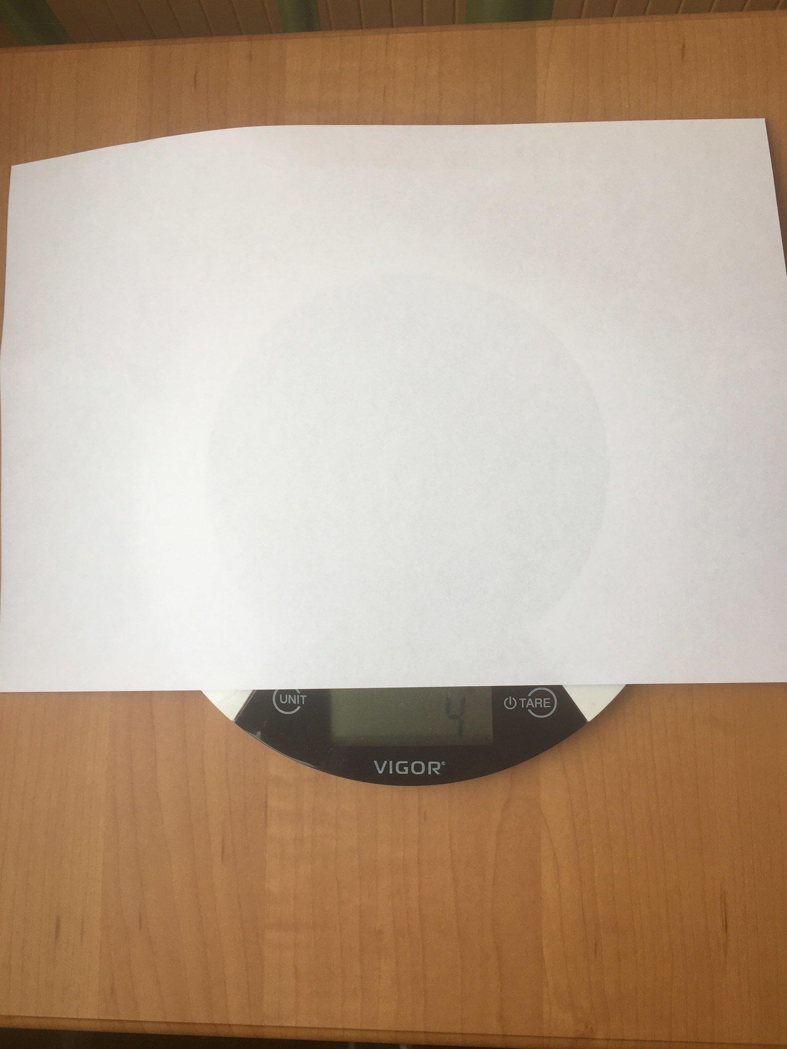 вес листа белой бумаги
