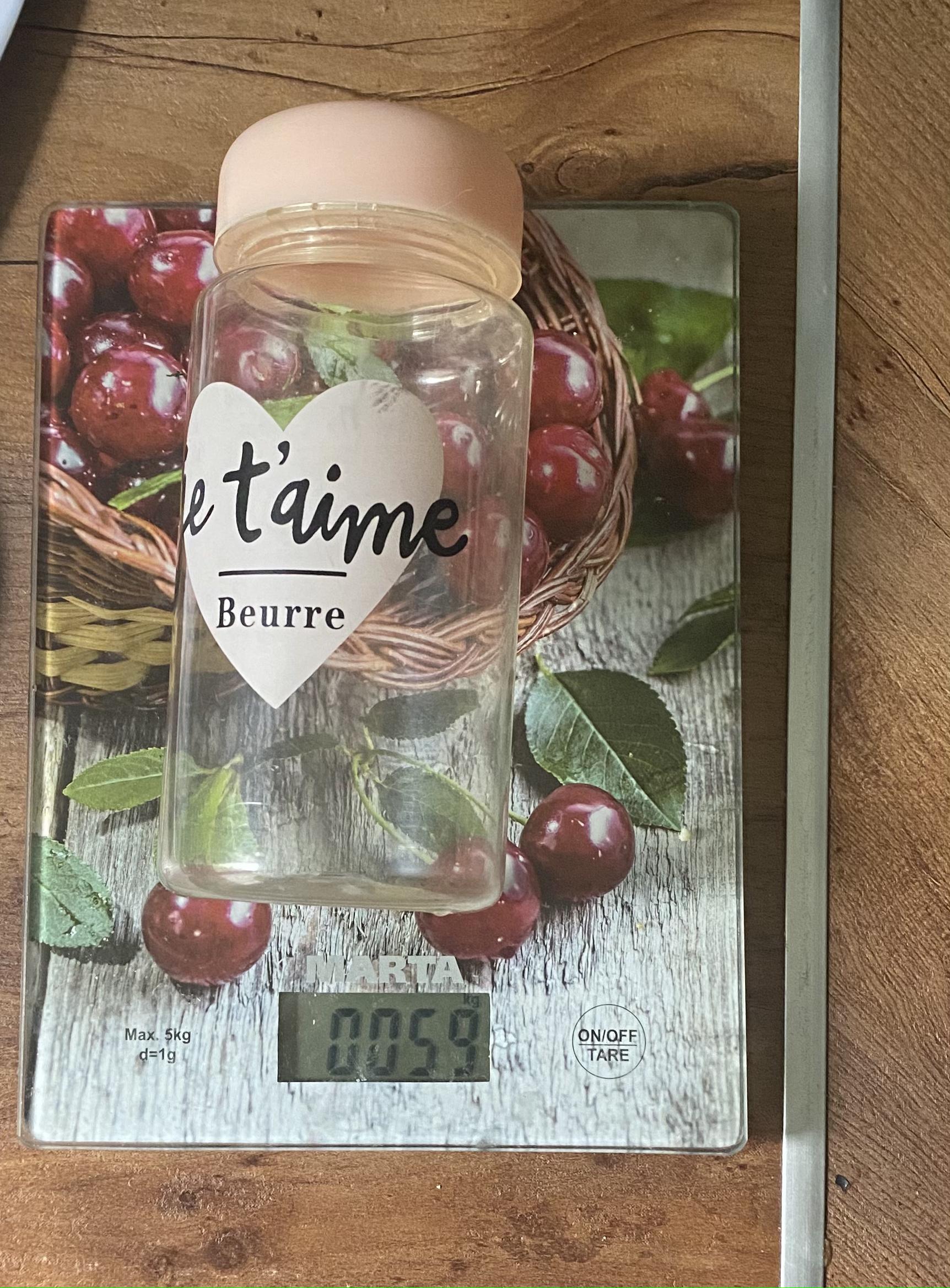 вес бутылки пластиковой для напитков 0.33 л