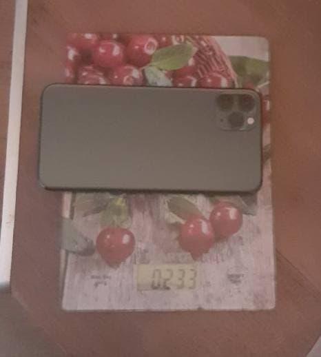 вес айфона 11 про макс