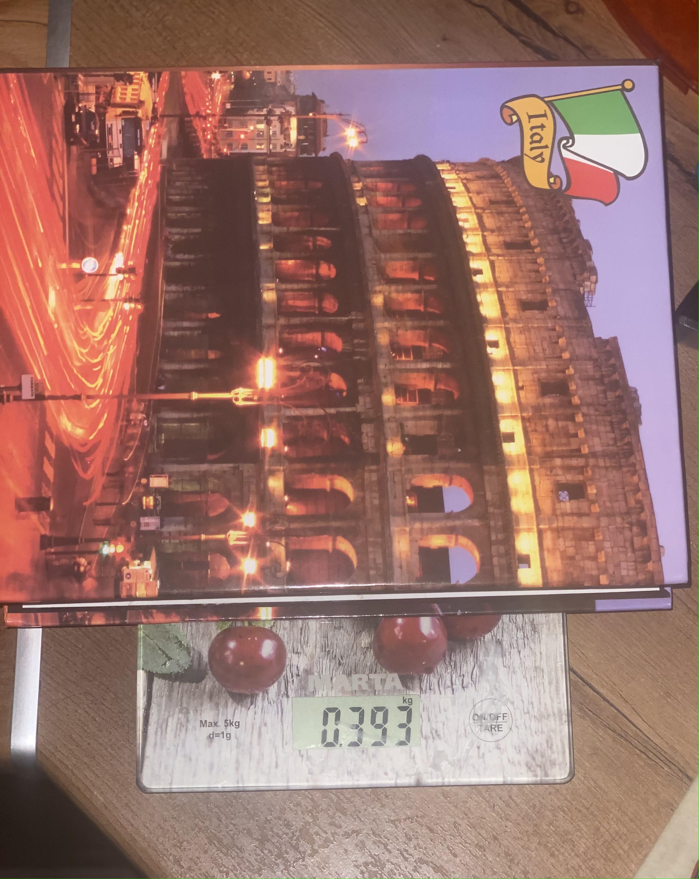 вес альбома на 200 фотографий в картонной обложке пустого